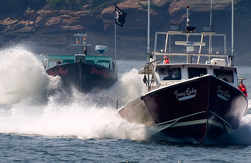 lobster_boats_racing